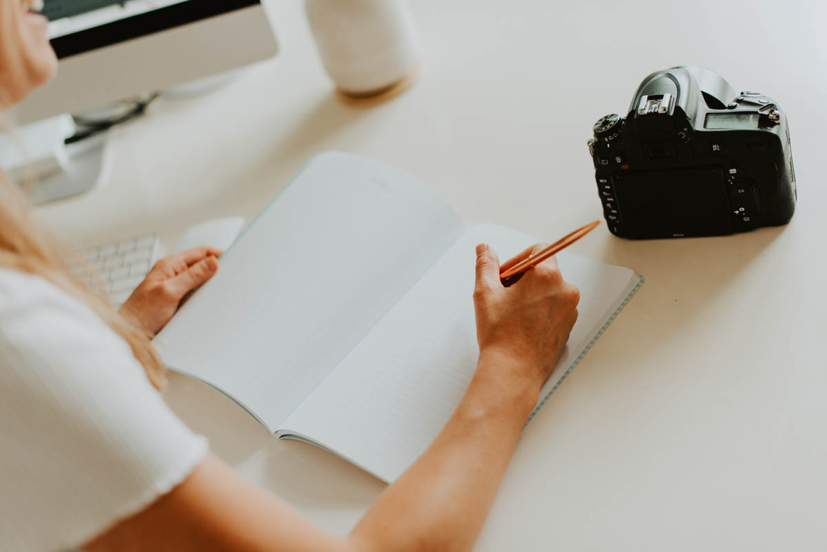 in a business lull? don't waste this precious time and get stuff done. here are my tips for how to be productive during the off season as a photographer.